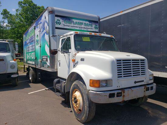 1997 International 4700 Single Axle Box Truck, 22', w/Lift Gate, Diesel, Automatic Transmission, Air