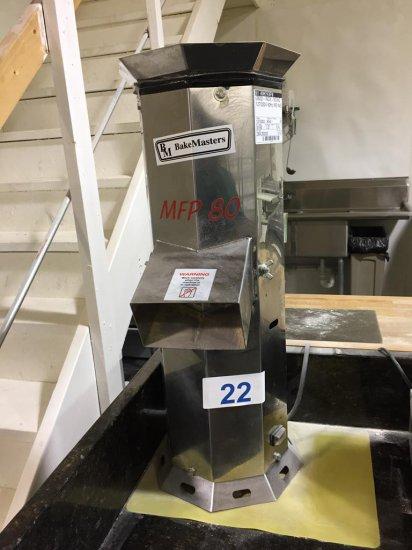 BAKE MASTERS MFP80 BREAD CRUMB MACHINE