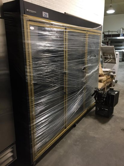 "SRC REFRIGERATION 8'x30"" 3-DOOR REFRIGERATED CABINET"