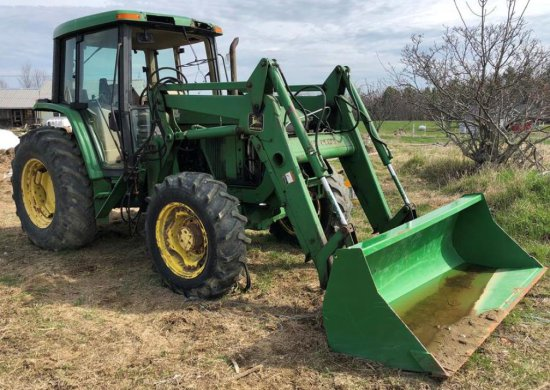 1999 JOHN DEERE 6110 4WD TRACTOR W/ 640 LOADER, HRS: 1273 S/N: 238716L (CHESTERVILLE)