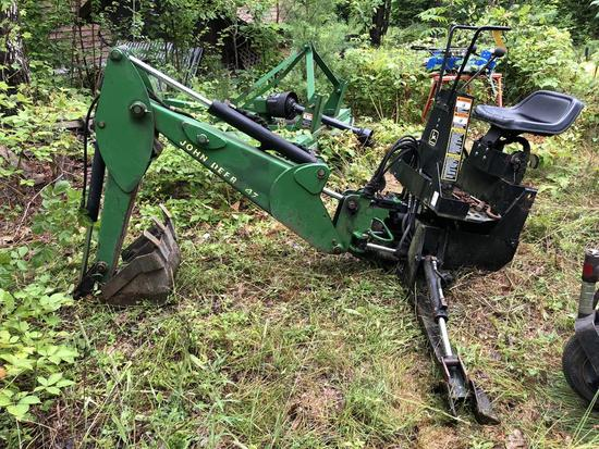 JOHN DEERE 47 3PT BACKHOE ATTACHMENT, S/N: M00047X025702