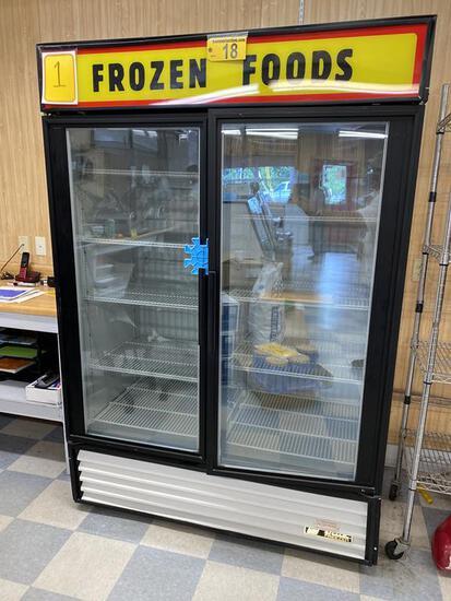 TRUE GDM-49F 2-DOOR FREEZER MERCHANDISER, 1.5HP, 1PH,  S/N: 1-3845457