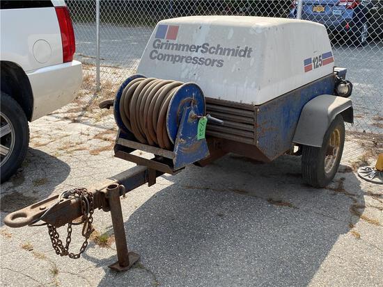 1992 GRIMMER SCHMIDT 125CFM PORTABLE AIR COMPRESSOR, 1,086 HOURS, S/N: 15978 W/ FORD V6