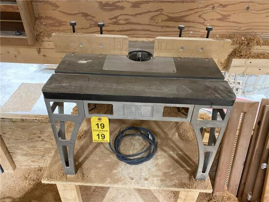 REBEL ROUTER TABLE W/ BOSCH MODEL 1617EVS ROUTER