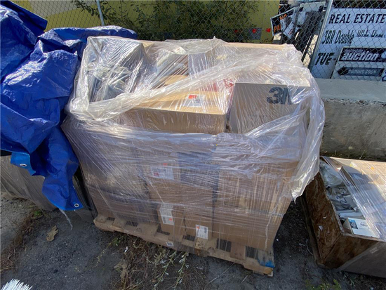 PALLET OF AUTOMOTIVE TRUCK PARTS, ELECTRICAL, FILTERS