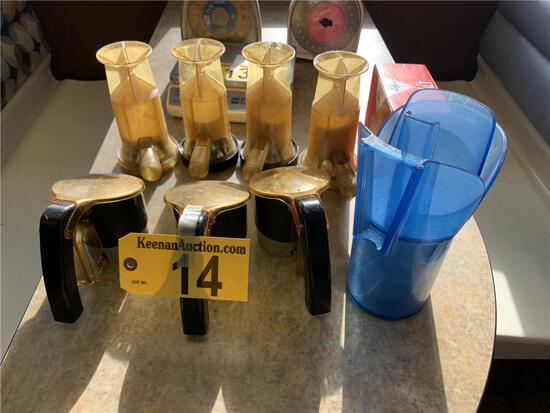R-LOT OF ASSORTED 3-SONCO SALT & PEPPER, 4-ACCU SALT, ICE SCOOP