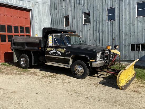1988 GMC SIERRA 4WD 1-TON DUMP TRUCK W/ FISHER PLOW, MILES: 59,520, VIN: 1GDHV34K8JJ507639