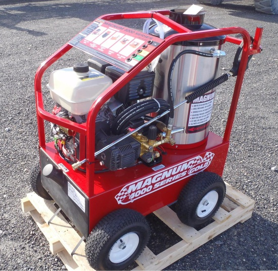 NEW MAGNUM 4000 GOLD HOT WATER PRESSURE WASHER, S/N: 211517