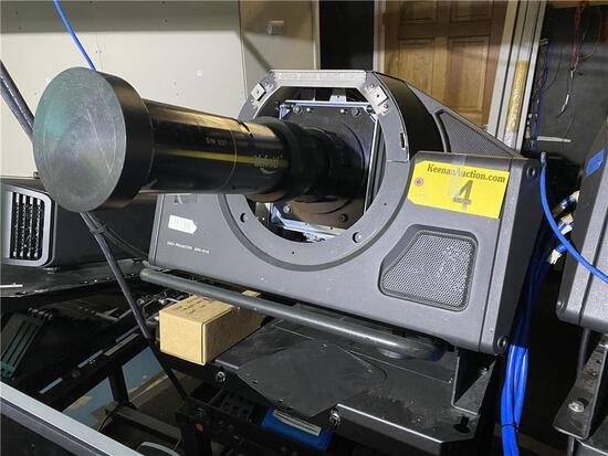 SONY SRX-S110 DATA PROJECTOR W/DEFINITI HD SKY-SKAN SS4896 LENS & ADJUSTABLE STEEL STAND