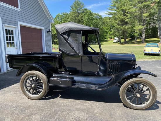 1924 FORD MODEL T ROADSTER PICKUP, 1,947 MILES, VIN: 10066161