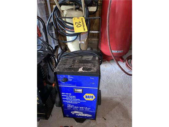 NAPA 85-1010 BATTERY CHARGER & ENGINE STARTER
