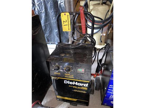 DIE HARD 6/12V BATTERY CHARGER & ENGINE STARTER