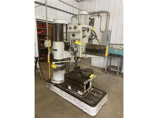 1981 TAI PIIN TPR-1100 RADIAL ARM DRILL W/SPARE CHUCK, 12-STEP SPINDLE SPEED, S/N: 8149