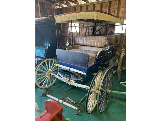21-99 40+ WAGONS & SLEIGHS, ANTIQUE CAR PARTS