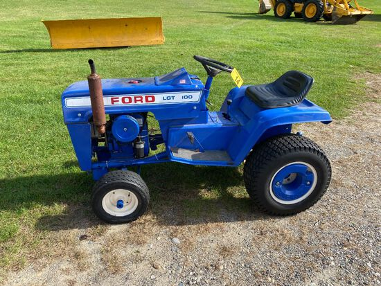 FORD LGT100 LAWN & GARDEN TRACTOR, KOHLER K241AS ENGINE