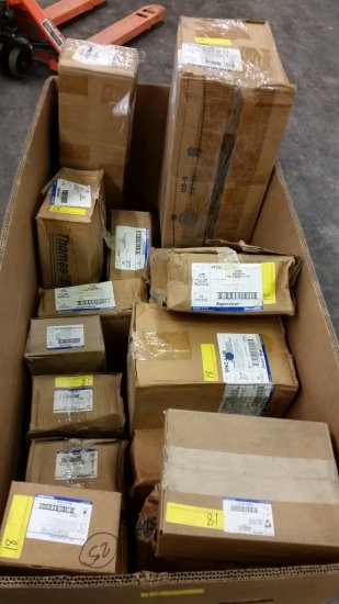 LOT OF 20 BOXES OF THOMAS & BETTS HARDWARE