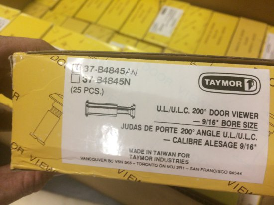 LOT OF 40 BOXES OF 25 EACH DOOR VIEWERS