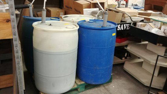 Pallet Of 4 X 55 Gallon Drums Of Glass Cleaner