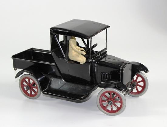 BUDDY L  FORD MODEL T FLIVVER TRUCK CIRCA 1920s