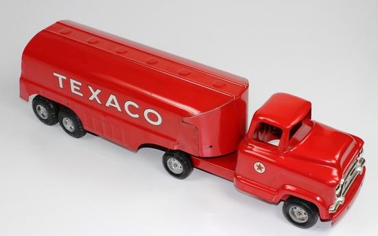"VINTAGE BUDDY L TEXACO TANKER TRUCK CIRCA 1950s - 24-1/2"" LONG"