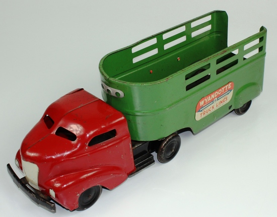 VINTAGE WYANDOTTE TRUCK LINES TRACTOR & TRAILER 1940s
