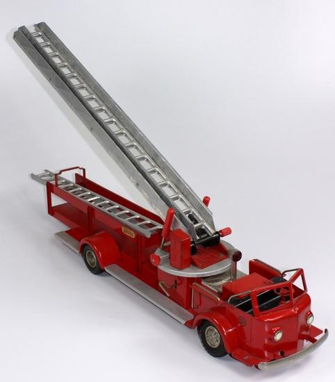 VINTAGE DOEPKE MODEL TOYS FIRE TRUCK LADDER AERIAL