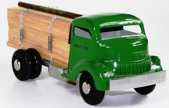 VINTAGE SMITTY TOYS GREEN LUMBER / LOGGING TRUCK