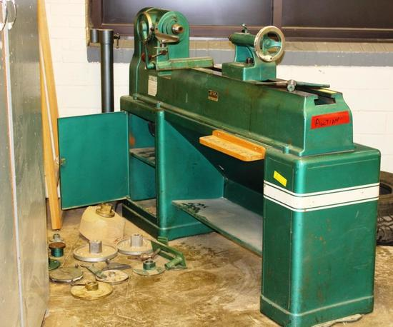 POWERMATIC WOOD LATHE - MODEL 90