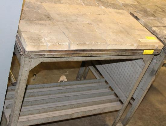 CUTTING TORCH TABLE WITH REFRACTORY BRICKS