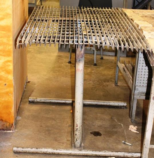 METAL GRATED CUTTING TORCH TABLE