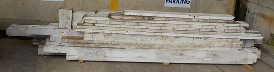 LOT OF WOOD - UNASSEMBLED STRUCTURE