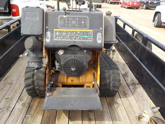 BOXER 427 RUBBER TRACKED MINI SKID STEER LOADER
