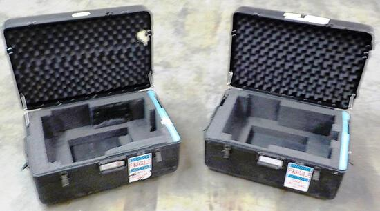 2 ROLLING SOUTH-PAK INC. EQUIPMENT CASES WITH RETRACTABLE HANDLES