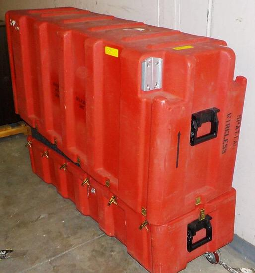LARGE RED ROLLING FOAM LINED EQUIPMENT CASE