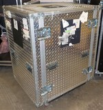 HEAVY DUTY DIAMOND PLATE ROLLING EQUICPMENT CASE -
