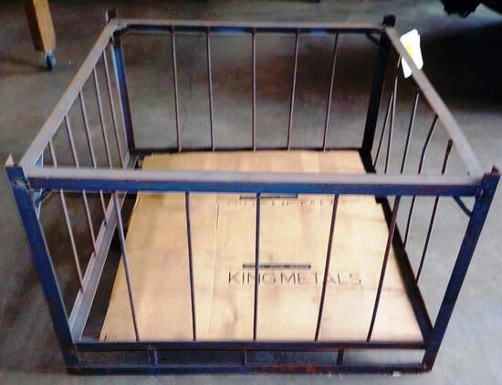 METAL GAYLORD / FORKLIFT CAGE