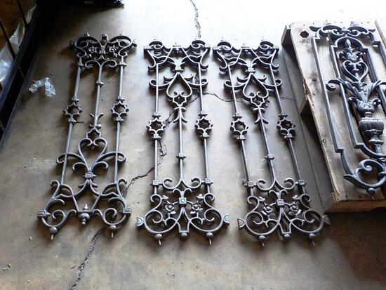 LOT OF METAL SCROLLWORK PANELS