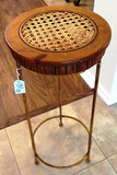 METAL ROUND STAND WITH WOVEN TOP
