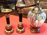 GLASS POTPOURRI BOWL WITH LID AND 2 CANDLE PILLARS