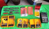LARGE LOT OF SCREWDRIVER BITS AND DRILL BITS