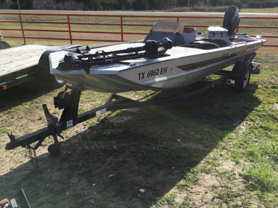 1988 Bass Tracker Boat w/1989 Evinrude 70hp | Vehicles