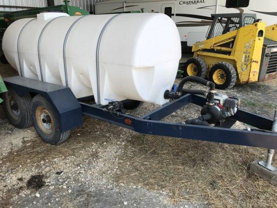 Model P265 1000 Gallon Nurse Tank w/Honda Pump