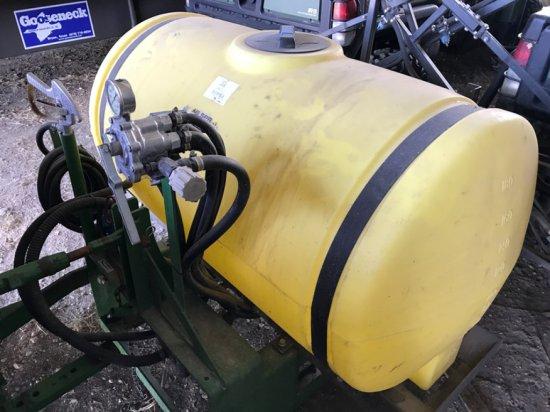 3pt Ag Spray 200 Gallon Spray Rig w/16' Booms