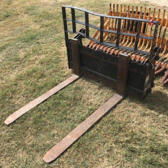 Set of Pallet Forks for Skid Steer