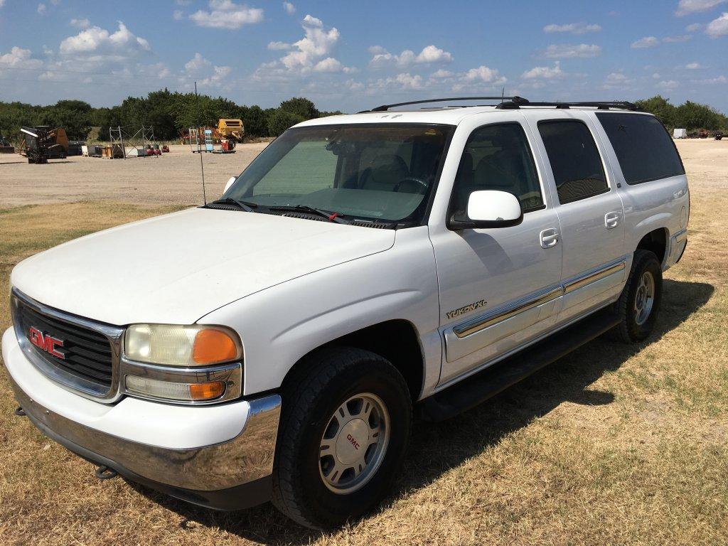 *2001 GMC Yukon XL White 4x4