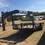 *2015 Texas Bragg Gooseneck Utility Trailer