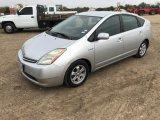 *2007 Toyota Prius, Gray 4 Door Hatchback
