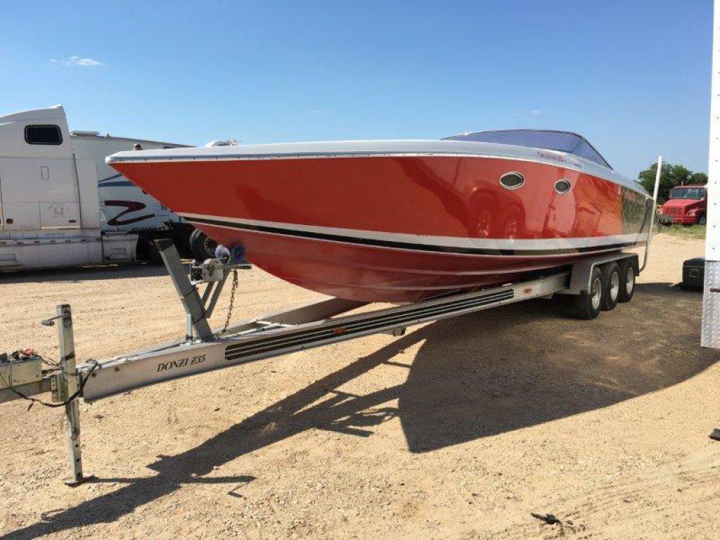 *1987 Donzi Z33 Boat