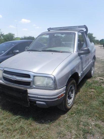 *2002 Chevy Tracker