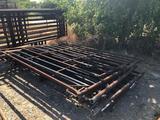 Round Cattle Pen w/7 heavy duty panels